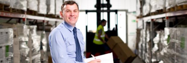 Logistics manager job description and salary expectations